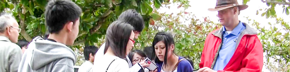 peace-park-handing-out-tracts-2
