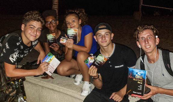 kids-on-HW-Beach