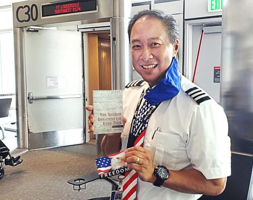 Denver-Airport-gate-agent_500x